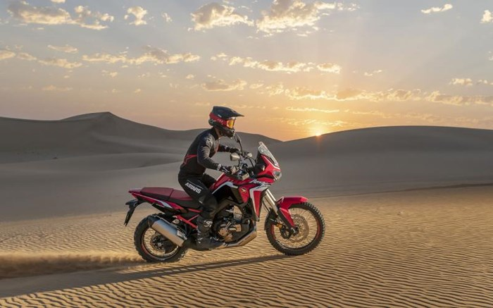 2020 Honda AFRICA TWIN (DCT) - ROUGE Photo 6 of 11