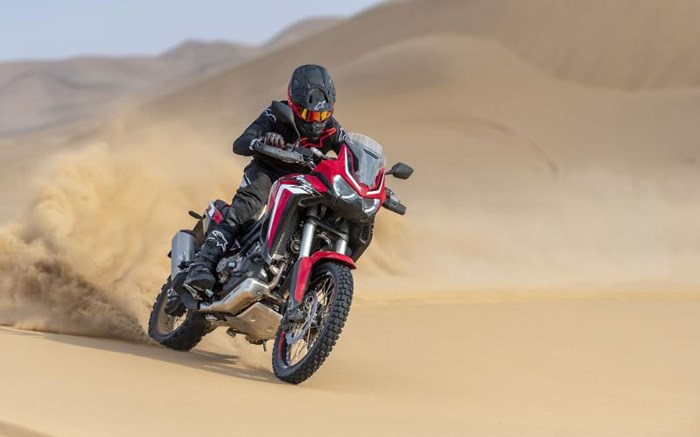 2020 Honda AFRICA TWIN (DCT) - ROUGE Photo 9 of 11