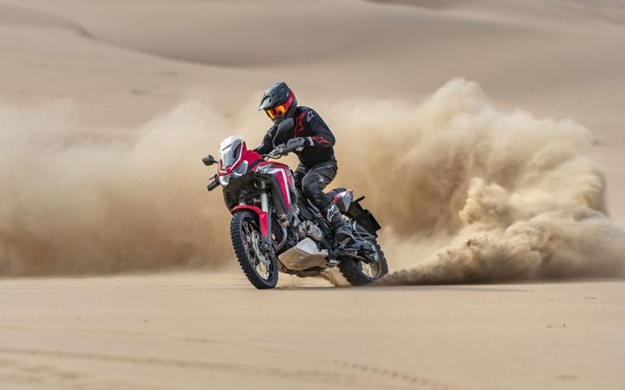 2020 Honda AFRICA TWIN (DCT) - ROUGE Photo 8 of 11