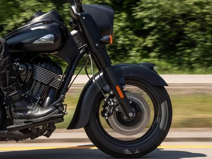 2021 Indian Motorcycle® Springfield ® Dark Horse® Thunder Black Photo 4 of 7