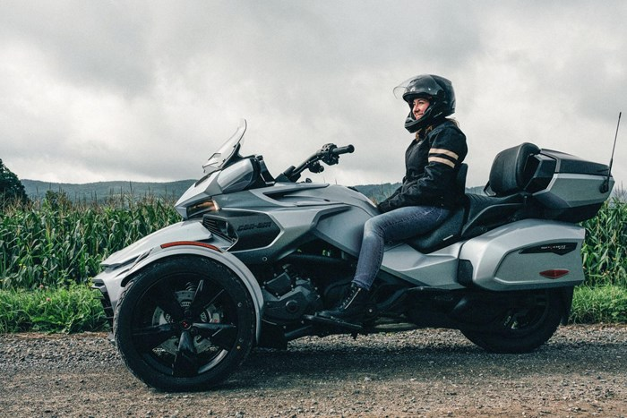 2021 Can-Am Spyder F3-T Photo 1 of 3