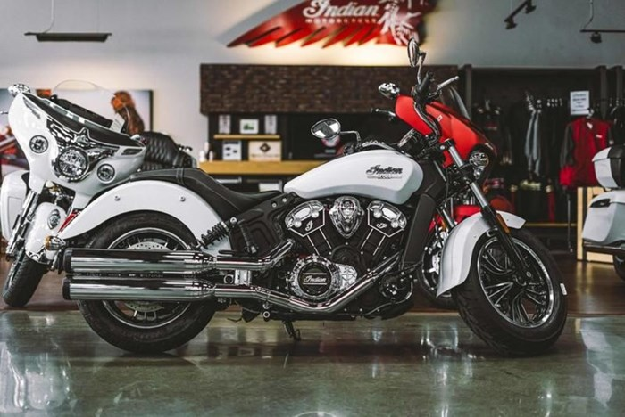 2021 Indian Motorcycle® Scout® ABS White Smoke Photo 2 of 4