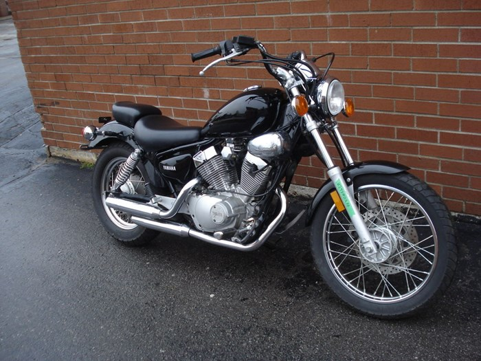 2006 Yamaha XV250 Virago Photo 3 of 11