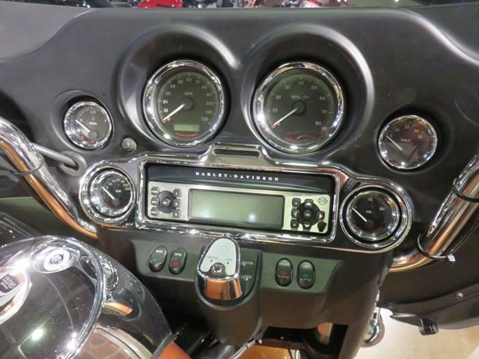 2008 Harley-Davidson Electra Glide Ultra Anniversary Photo 8 of 11