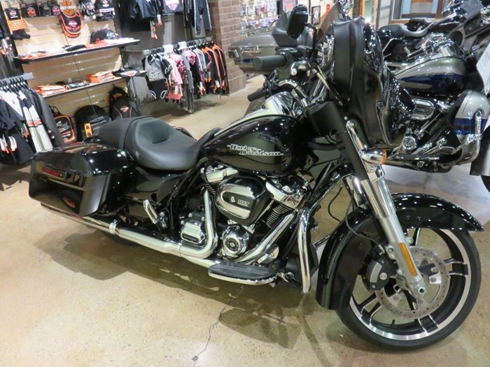 2018 Harley-Davidson FLHX - Street Glide® Photo 1 of 9