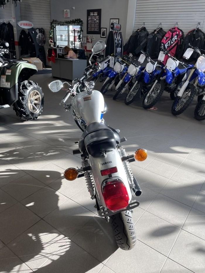 2019 Yamaha V-Star 250 Photo 3 of 4