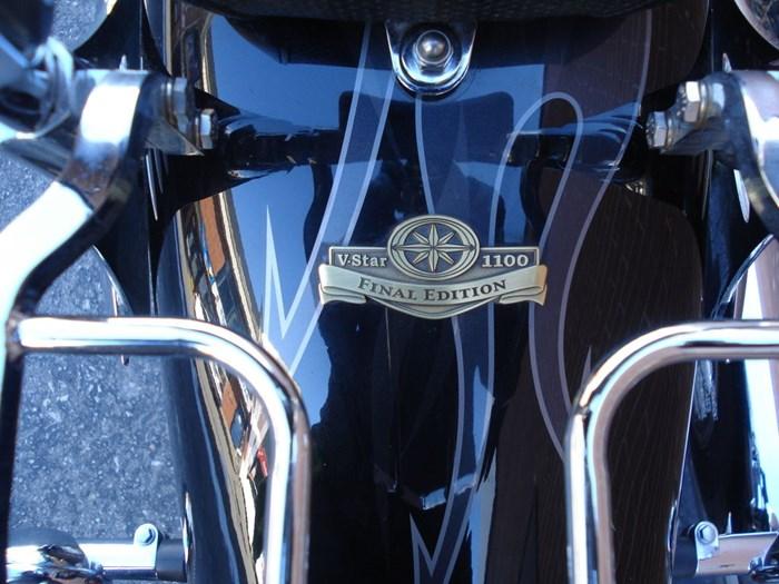2011 Yamaha XVS1100  VStar Custom Photo 9 of 12
