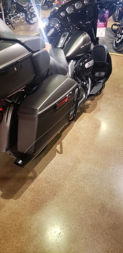 2021 Harley-Davidson FLHTK - Ultra Limited Photo 11 of 12