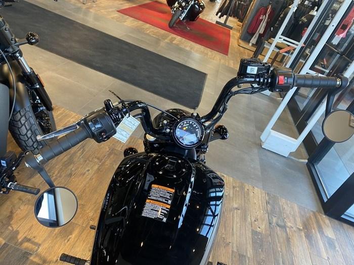 2021 Indian Motorcycle® Scout® Bobber Twenty ABS Thunder Black Photo 4 of 8
