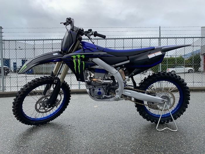 2021 Yamaha YZ450F Photo 3 of 5