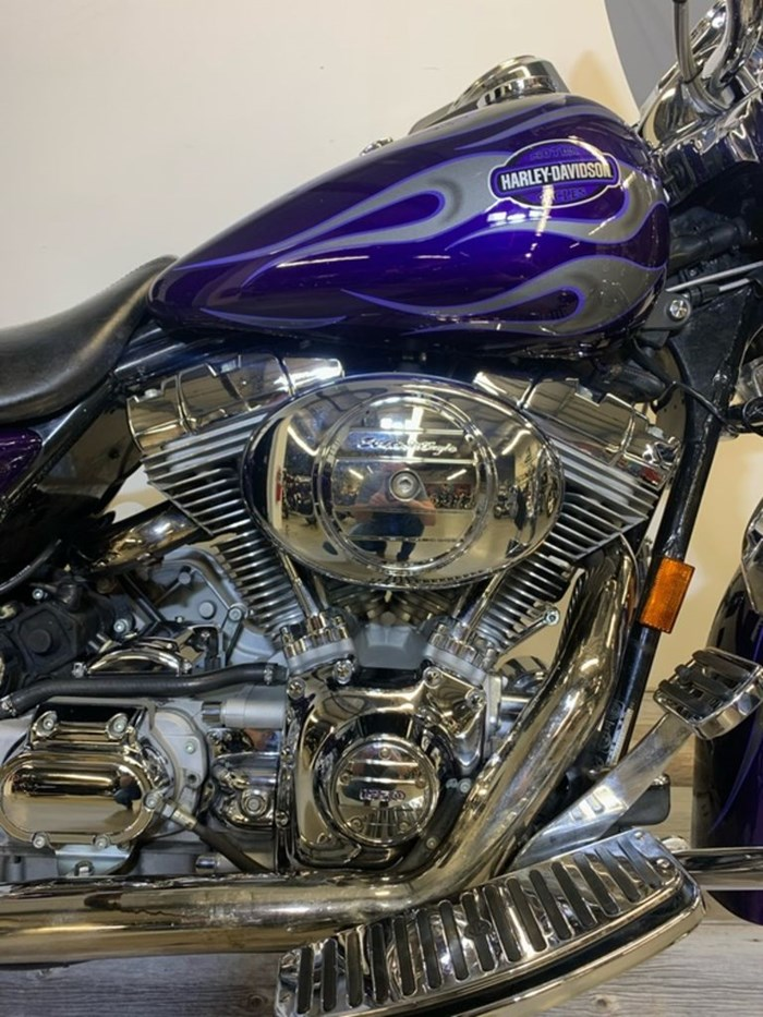 2002 Harley-Davidson FLHRISE2 - Screamin' Eagle Road King Photo 6 of 11