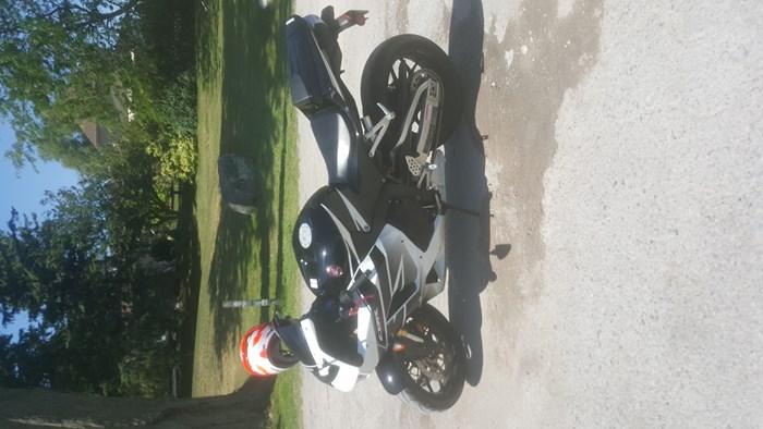 2016 Honda CBR600RR Photo 1 of 3