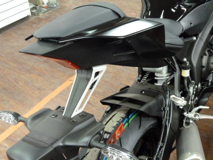 2020 Yamaha YZF-R6 Photo 5 sur 6