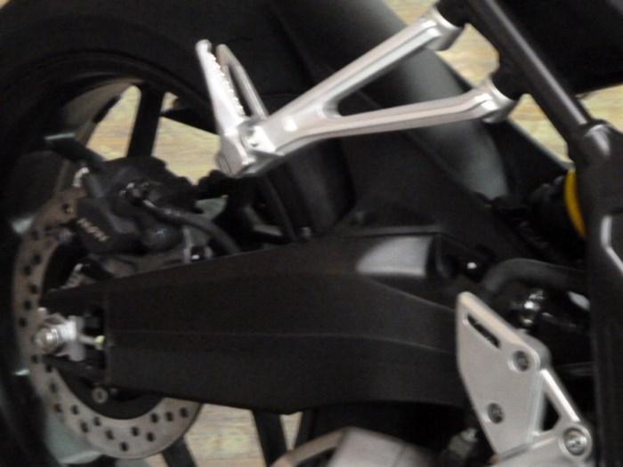 2021 Honda CBR650R Photo 5 of 7